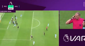 PL gave the goal to David Silva after he and De Bruyne admitted to touching it. Captura/DAZN