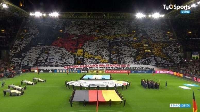 Merveilleux tifo des supporters en souvenir de la finale de 2014. Captura/TyCSports