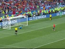 Aspas' penalty was saved to send Spain packing. Screenshot/Telecinco