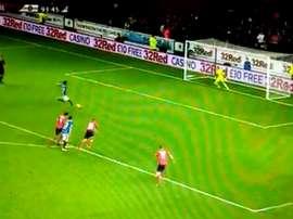 La mala fortuna se cebó con el Rangers en la Liga de Escocia. Twitter/Zlatan7979