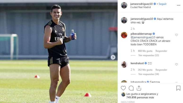 James exhibe su felicidad. Captura/Instagram/James