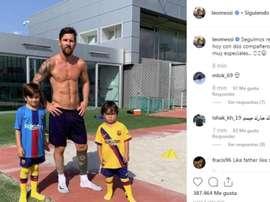 Messi e suas companhias especiais pela recuperação. Instagram/Messi