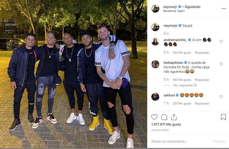 Rolê aleatório de Neymar e Arthur. Instagram/Neymar