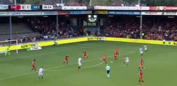 Tibor Halilovic scored the first goal of the Eredivisie 2021/22. Captura/ESPN