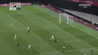 Mientras Corea goleaba a Honduras, Rumanía y Nueva Zelanda empataban a cero. Captura/Eurosport