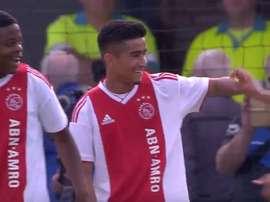 À 15 ans, Ünüvar a marqué en Youth League. AjaxTV