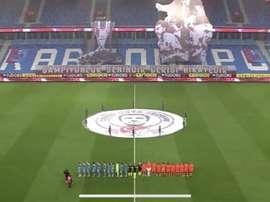 Pas de public mais des tifos en Turquie. LigTV