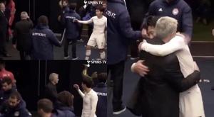 Desprezo ou trollagem de Mourinho? Captura/SpursTV