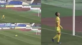 ¡Le marcaron dos goles en un minuto desde el centro del campo! Capturas/Twitter/Ole