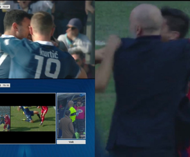 El VAR le anuló el gol al SPAL y le dio penalti a la Fiorentina. Capturas/ESPN
