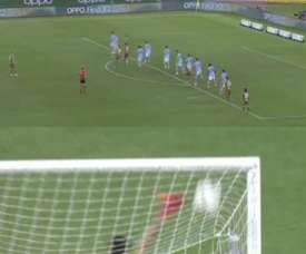 The free-kick goal which the referee disallowed. Capturas/MovistarLigaCampeones