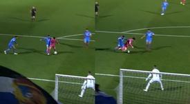 El Málaga reclamó un penalti a Juanpi. Captura/LaLiga