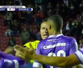 Curiosa acción en un partido de la Conmebol Sudamericana. Twitter/FoxSports