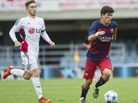 Carlos Aleña, jugador del Juvenil A del Barcelona, en un partido de UEFA Youth League ante la Roma. Twitter.