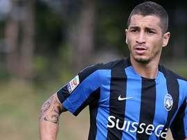 El futuro de Carlos Carmona apunta a la MLS, en la que le ofrecen un salario muy atractivo. Atalanta