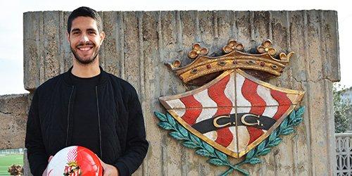 Carlos García probará suerte en el Atlético Sanluqueño. NàsticTarragona