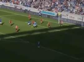 Carlos Peña marcó el tercer gol del Glasgow Rangers. Captura