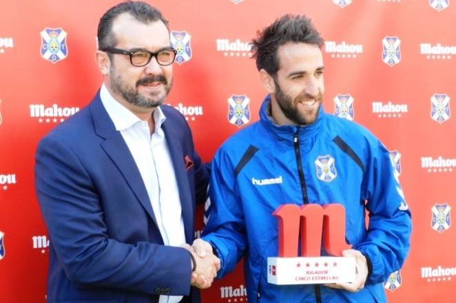 Carlos Ruiz admite que el partido ante Las Palmas será especial aunque sea un amistoso. Tenerife