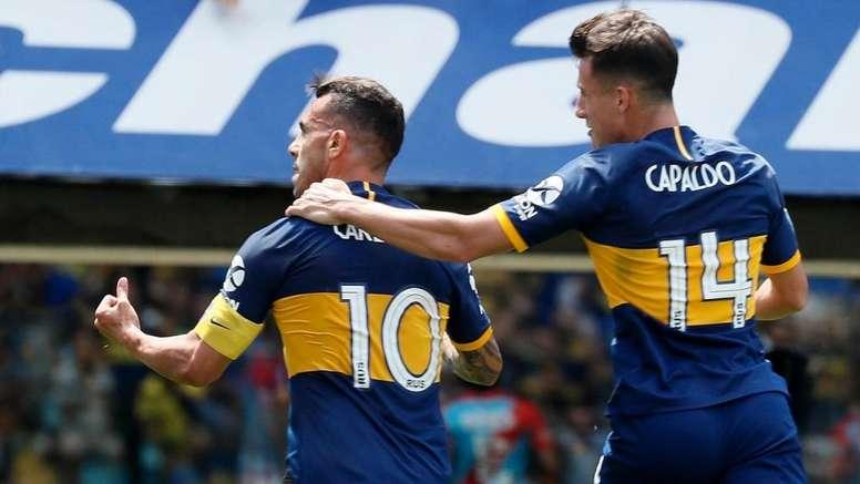 Carlos Tévez marcó el primer gol. Twitter/BocaJrsOficial