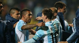 Tevez and Messi were international tema-mates for many years. EFE/EPA
