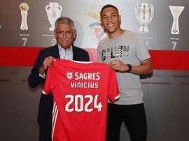 Carlos Vinicius est transféré au Benfica Lisbonne. SLBenfica