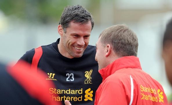 Carragher, en un entrenamiento con el Liverpool. Twitter