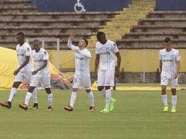 Católica celebra uno de los goles ante Quito. ImperioFútbol