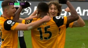 Boly back with a bang: goal and assist in five minutes. Screenshot/DAZN