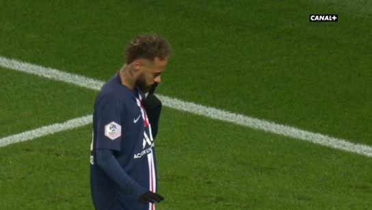 Neymar marque et envoie un message aux supporters. Capture/Canal+