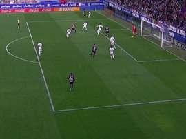 Sergi Enrich marque le but du 2-0 à Ipurua. Capture/BeINSports