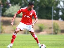 Cesar Martins deja el Benfica y jugará cedido por una temporada en el Nacional. GloboEsporte