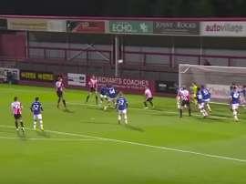El Cheltenham anotó un extraordinario gol ante el filial del Everton. Youtube