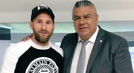 Messi regressa em março. Twitter/ChiquiTapia