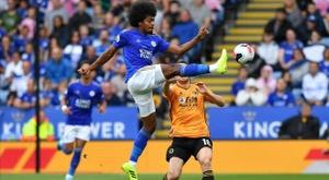 La VAR entre en jeu pour Leicester-Wolves. AFP