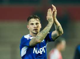 Chris Herd abandona el Chesterfield de la League One de Inglaterra por el Perth Glory de la Liga Australiana. ChesterfieldFC