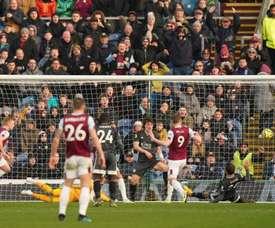 El Burnley amargó la tarde al Leicester. Twitter/BurnleyOfficial