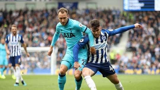 Tottenham prévoirait de se séparer d'Eriksen contre 30 millions. Twitter/SpursOfficial