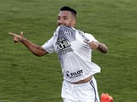 Destaque da Ponte Preta, Clayson se tornou desejo do Corinthians. Twitter