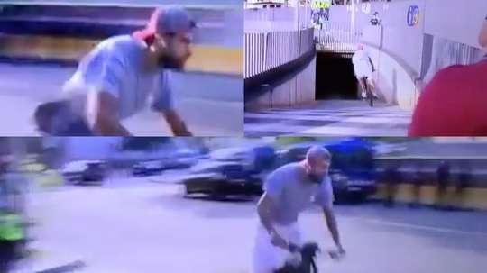 Piqué est arrivé en vélo électrique au Camp Nou !  Capturas/MovistarLaLiga