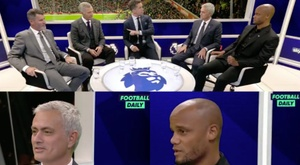 Mourinho joked with Vincent Kompany. Capturas/FootballDaily