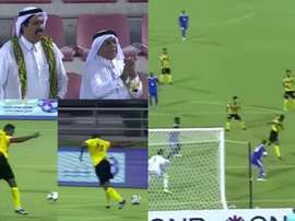Eto'o sigue alucinando en Catar. Youtube/ArabFootball