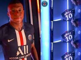 Le PSG présente son nouveau maillot. Twitter/PSGInside
