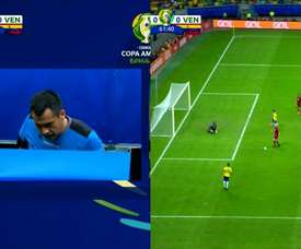 Firmino was in an offside position and the goal did not count. Captura/DirecTVSports