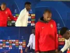 Henry, en la acción con Badiashile. Captura/Canal+Sport
