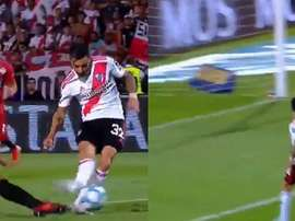 El afortunado gol de Scocco en la final de Copa. Captura/CopaTotalArgentina