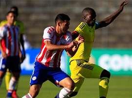 Reparto de puntos entre Colombia y Paraguay. EFE