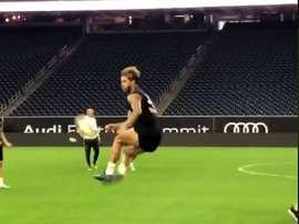 Le magnifique contrôle de Sergio Ramos. Capture/RealMadridTv