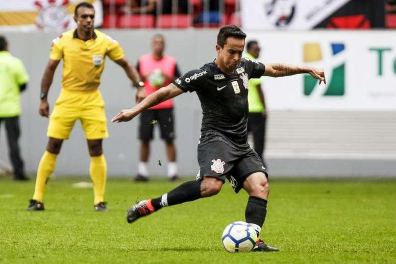 acadf45c0b Pin Corinthians e Paraná se enfrentam pela 21ª rodada do Campeonato  Brasileiro. Twitter  Corinthians
