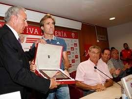 El jugador regresa al Almería un año después de marcharse. EFE