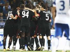 O Milan bateu o Craiova por uma bola a zero. Twitter
